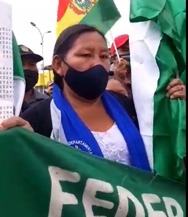 Bartolinas de Santa Cruz junto a Organizaciones Sociales en protesta por la postergación de las elecciones