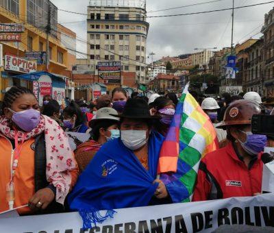 GRAN MARCHA POR EL 8 DE MARZO PIDE IGUALDAD DE DERECHOS E INTEGRACIÓN ENTRE MUEJRES CAMPO-CIUDAD